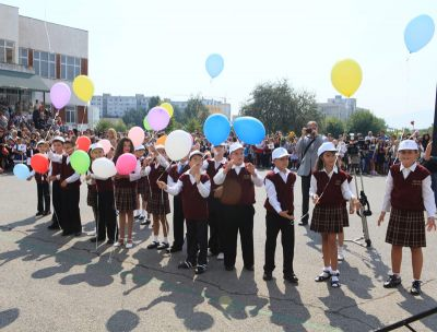 Тържествено откриване на учебната 2011/2012 г - 140 СУ Иван Богоров | Обеля София